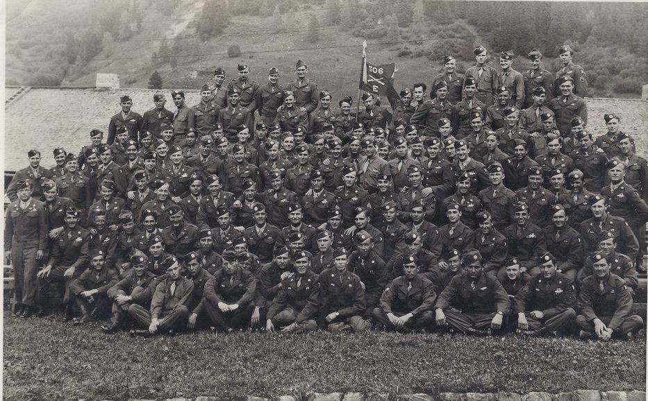 easy company 506th parachute Infantry Regiment 101st Airborne Division photographs Band of Brothers
